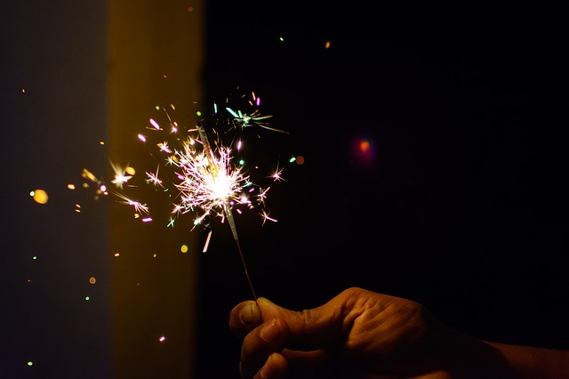 Tips for a Perfect Sparkler Send Off