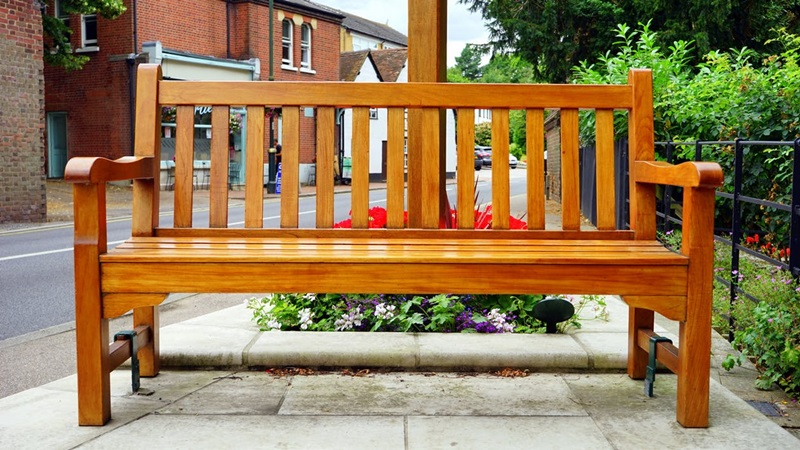 Things to Know Before You Buy Teak Outdoor Furniture