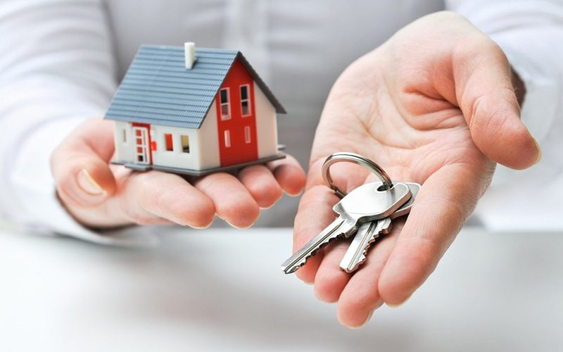 Instant Locksmith Services in Lockout or Key Lock Situations