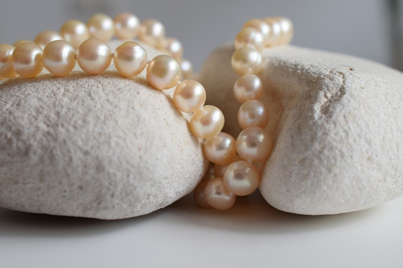 How to Buy Pearl Bridal Jewellery Sets