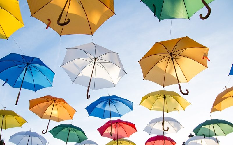 How to Choose a Reliable Umbrella Printing Supplier in Singapore