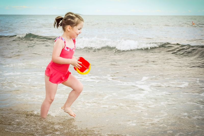 How to Keep Kids Safe from the Sun at the Beach